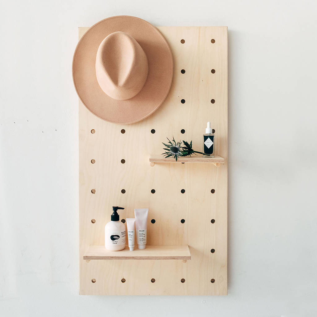 pegboard ana plans wall shelf diy for treedition projects free white ryobination pallet