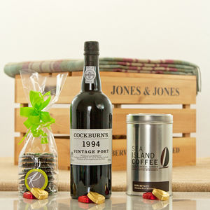 Cockburn's 1994 Vintage Port Luxury Hamper Box - drinks hampers