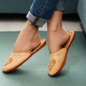 Ladies Leather Boho Closed Toe Slippers