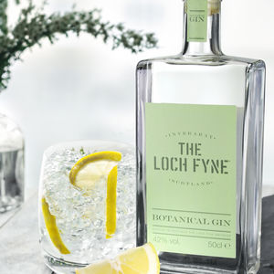 Personalised Botanical Gin - our favourite gin gifts