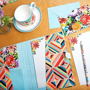 Flower Patch Writing Set