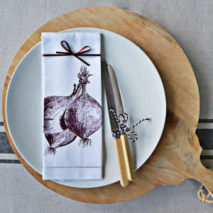 Red Onions Napkin - tableware
