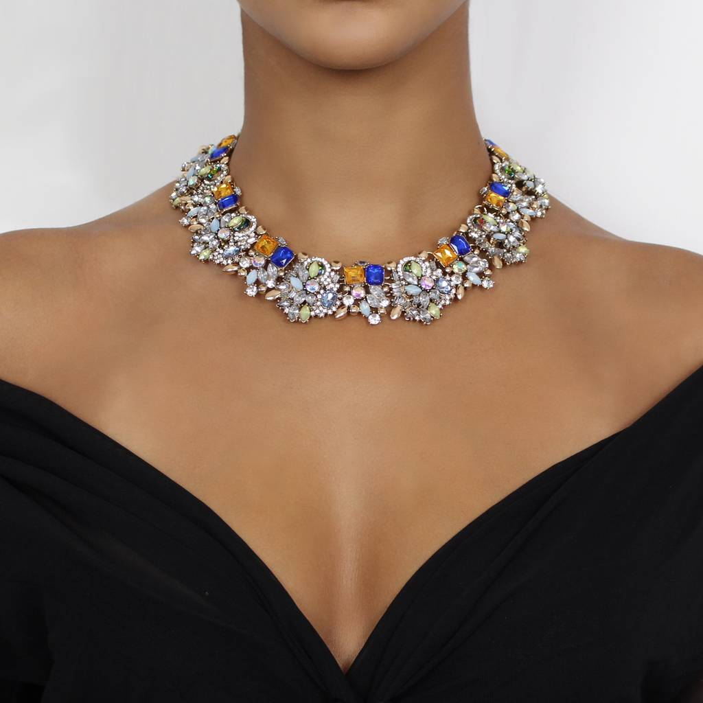 mesh diamonds bib with necklace