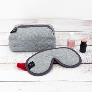Gift Set With Lavender Eye Mask And Make Up Bag