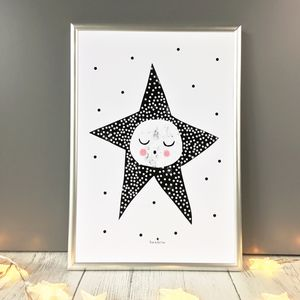 Sleepy Star Giclee Print