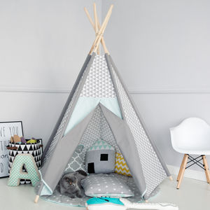 Geometric Frosty Teepee - food & drink