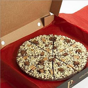 Crunchy Munchy Chocolate Pizza - sweet treats