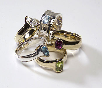 Mixed Gem Rings