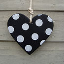 spotty heart_black