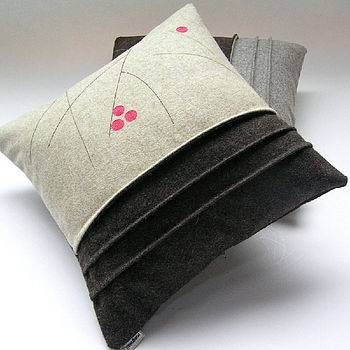 Berry cushion2