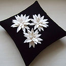Black and Cream lily 45x45
