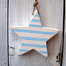 stripy star_pale blue