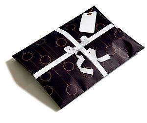 Baubled giftelope - wrapping