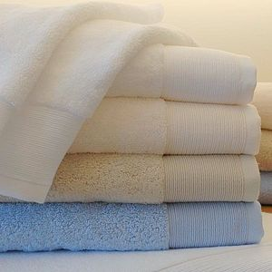 Como Organic Cotton Luxury Towels - bathroom