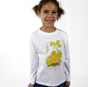 'Carmen Miranda of the Allotment' T-Shirt - clothing