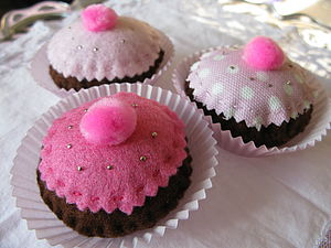 Scented Cupcake Pin Cushion - pin cushions