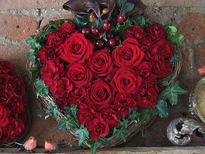 Fresh Red Rose, Ivy and Faux Berry Vine Heart
