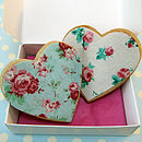 Sweetheart cookies roses in gift box