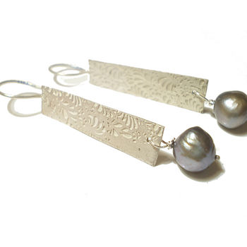 Volutes Sterling Silver and Pearls Earrings