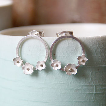 Handmade Circle of Daisies Stud Earrings