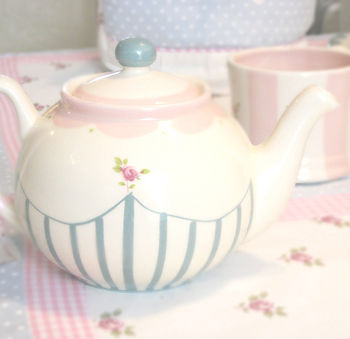 Heavenly tea pot!