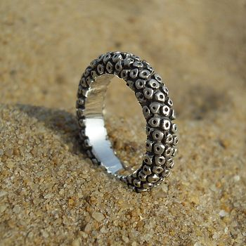 Tenticle Ring