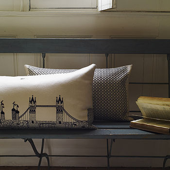 London Scenic Cushion