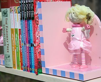 Fairy bookends shelf
