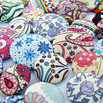 We Love Buttons!!!