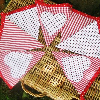Red Gingham And Heart Christmas Bunting