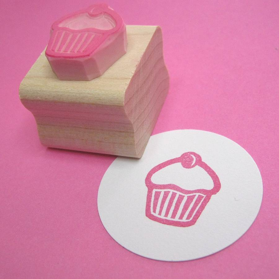 Mini cupcake hand carved rubber stamp by skull and cross
