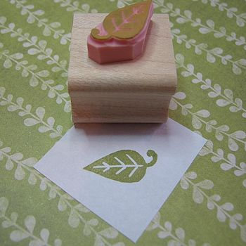 Mini Leaf Rubber Stamp