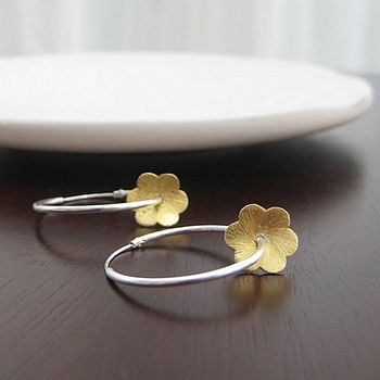 Daisy Blooms Hoop Earrings