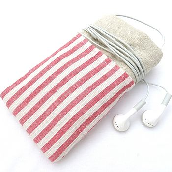 wide red stripes
