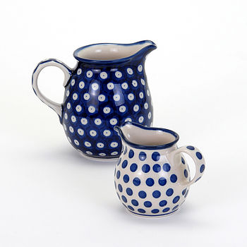 Jugs in two sizes