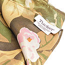 Jane, Gia and Donna Label Detail