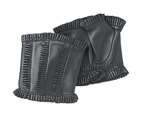 Ruffles. Women's Frilled Leather Handwarmers