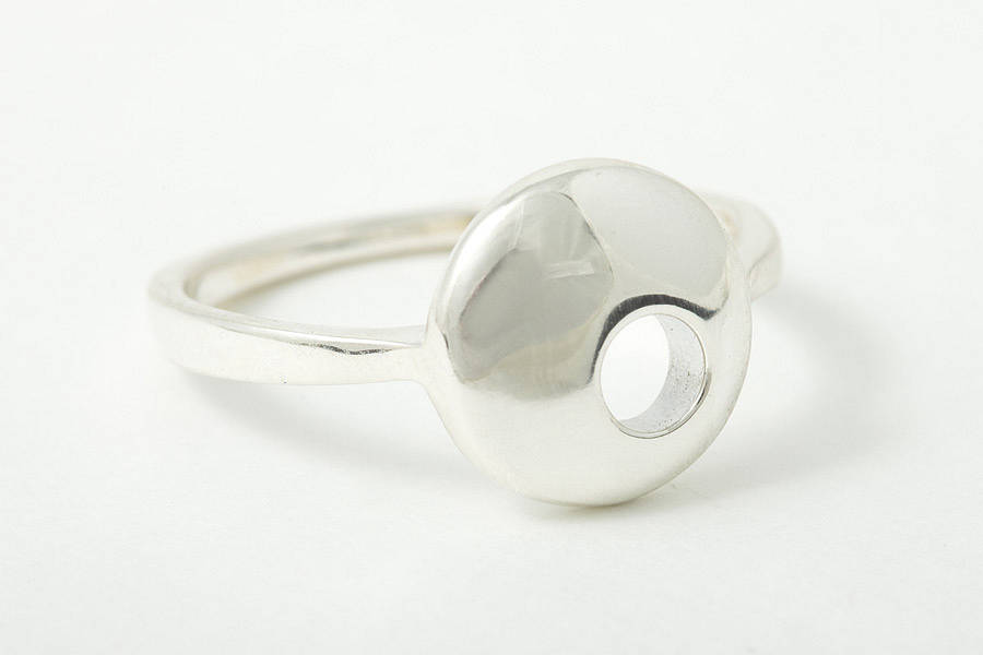 Moon Small Ring With Hole