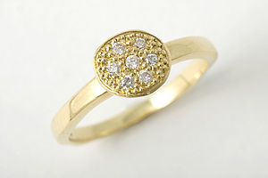 One Circle With 7 Diamonds - fine jewellery