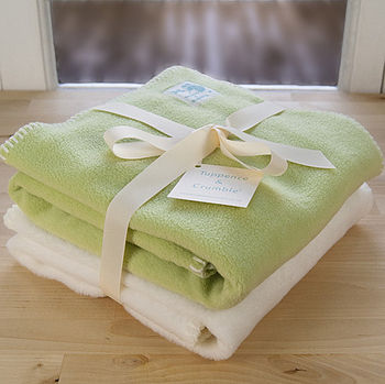 Apple and Cream Blanket Gift Set