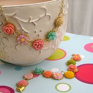 Gold Ring A Roses Flower Necklace