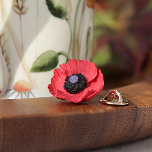 Poppy Lapel Pin - women's accessories
