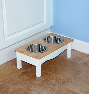 Raised Wooden Dog Feeder - White & Wood Finish - dogs
