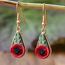 Thumb gold poppy drop earring