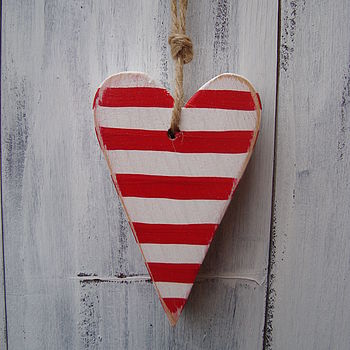 stripy heart_cherry red