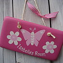 butterfly sign_candy pink with pale pink