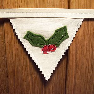 Holly Bunting - room decorations