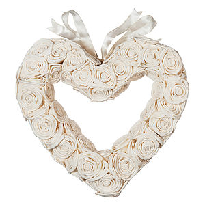 Sola Rose Heart Wreath - flowers