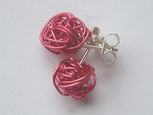 Great Balls of Wire - Ear studs - earrings