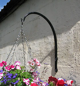 Swan Neck Wrought Iron Hanging Basket Bracket